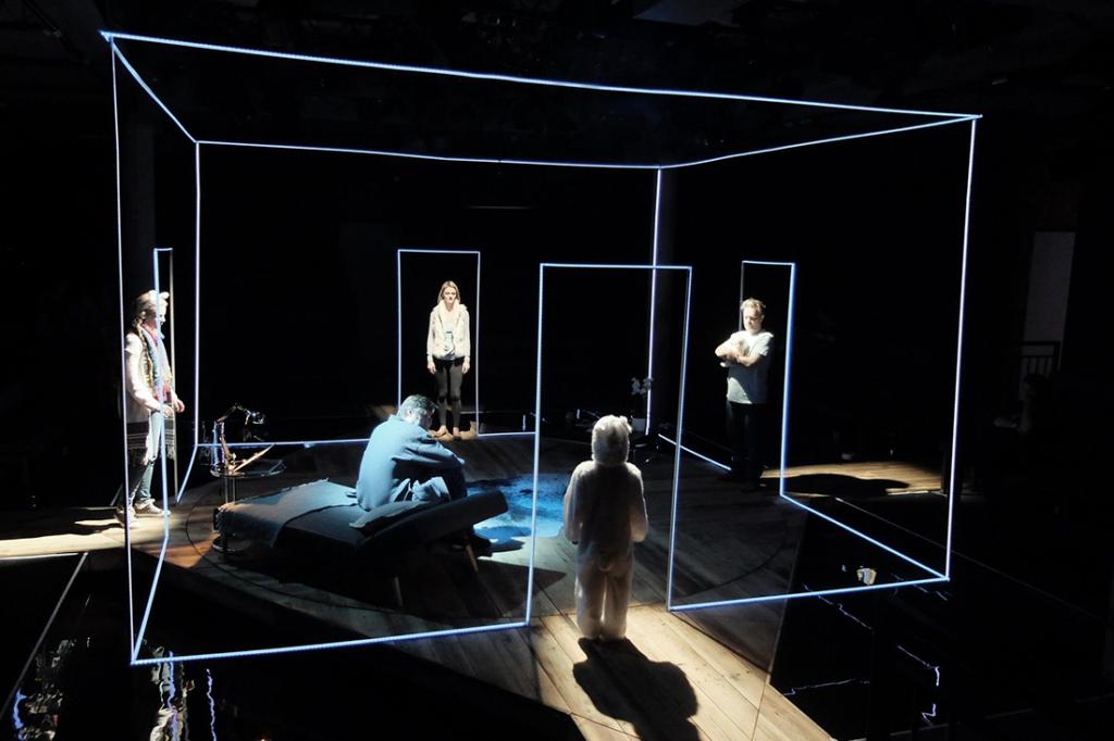 Una scena teatrale allestita da uno scenografo, uno dei mestieri del teatro